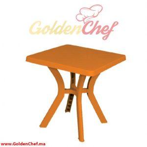 TABLE EN PLASTIQUE CARRE Dim : 65 x 65 x 73 cm